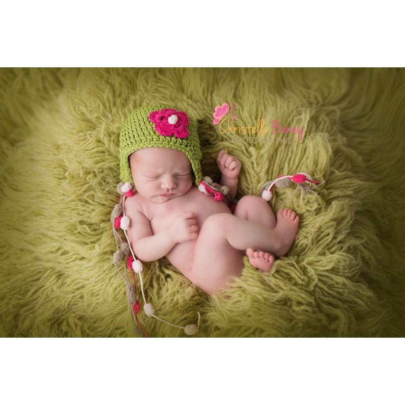 Bonnet au crochet vert pour la taille naissance à 2 ans