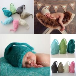 Bonnet lutin en mohair taille naissance, couleur au choix