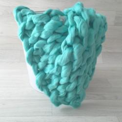 Tapis mailles larges modèle Dolcéa en véritable laine mérinos, couleur au choix