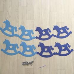Guirlande cheval à bascule bleue