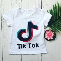 T shirt Tik Tok blanc 4 à...