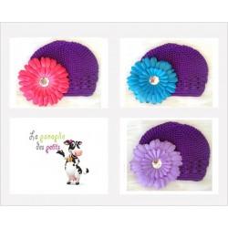 Bonnet au crochet 100% coton, couleur violet+barrette marguerite au choix