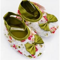 Chaussure souple bébé 0 à 15 mois, modèle ballerine soie fleurie
