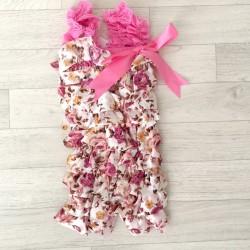 Salopette bébé en dentelle et satin modèle floral rose