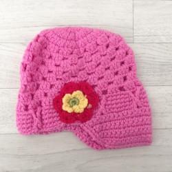 Rose. Bonnet casquette au crochet 1 à 3 ans