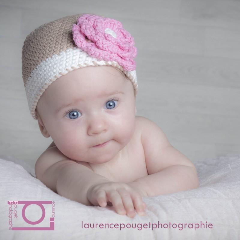 292e06b1ba29 Bonnet boule bébé fille au crochet 0 3 ans