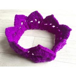 Couronne nouveau né laine, modèle violet foncé
