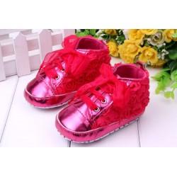 Chaussure souple basket montante bébé 0 à 12 mois, modèle Dentelle fuschia