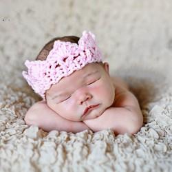 Couronne nouveau né laine, modèle rose