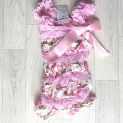 Salopette bébé en dentelle et satin modèle mélange de dentelle et satin motif fleurs