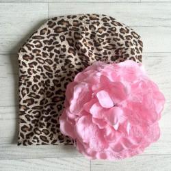 Bonnet en coton modèle léopard fleur blanche